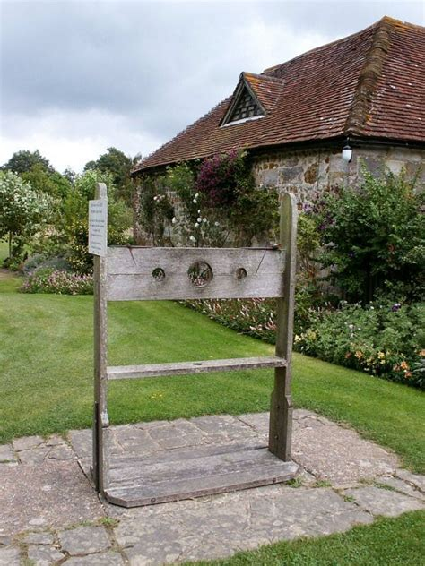 Puritans and The Scarlet Letter - HISTORY of the PILLORY